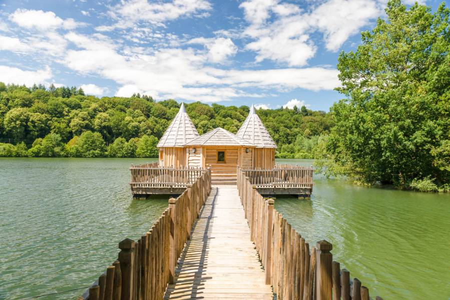 Grand Lacs Cabane Spa Chateau