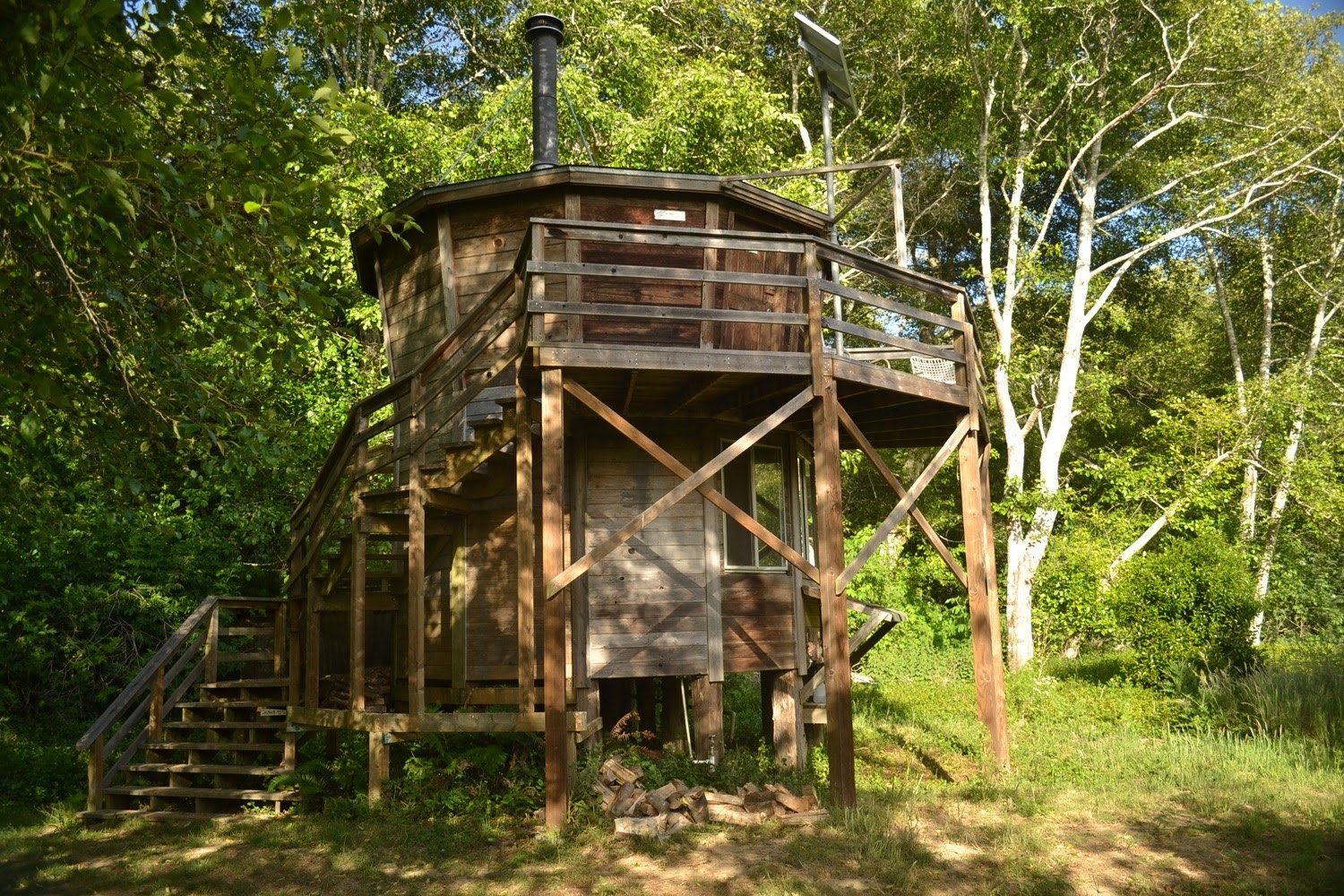 Tower Cabin by Christopher Berger Oz Farm